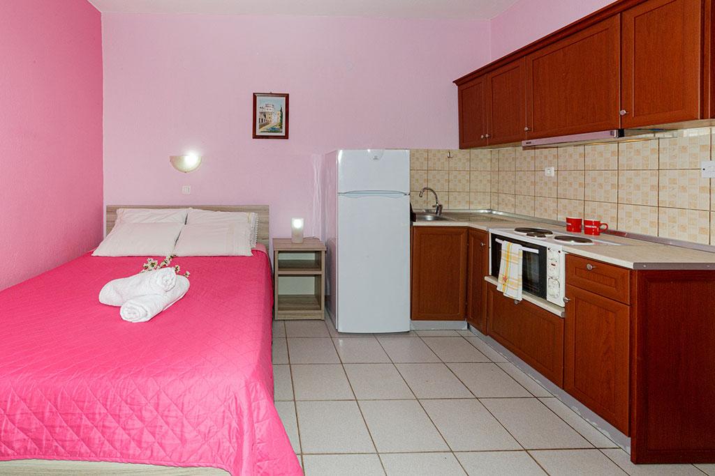 Litsa Panagi Apartments Studios Vourvourou Halkidiki