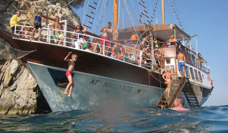 Tickets to Toroneos Cruise from Neos Marmaras